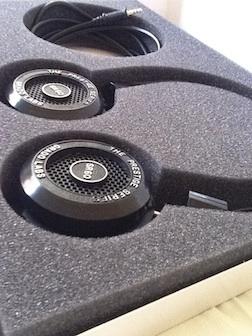 Grado_SR60i_headphones
