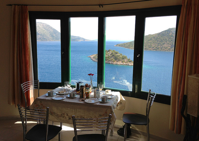 Window into a world. Image from Flickr: Justin Lynham, Breakfast on Ithaca
